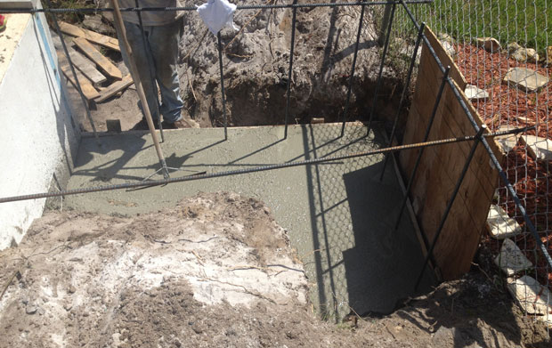 Concrete Block Retaining Wall 05