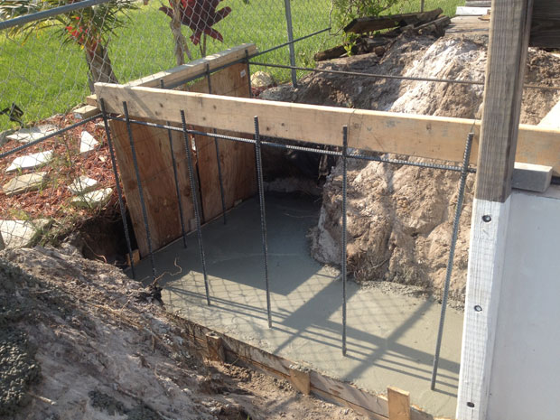 Concrete Block Retaining Wall 06