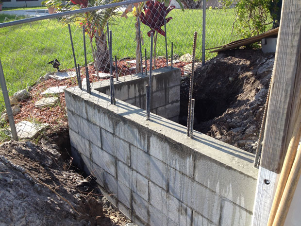 Concrete Block Retaining Wall 11