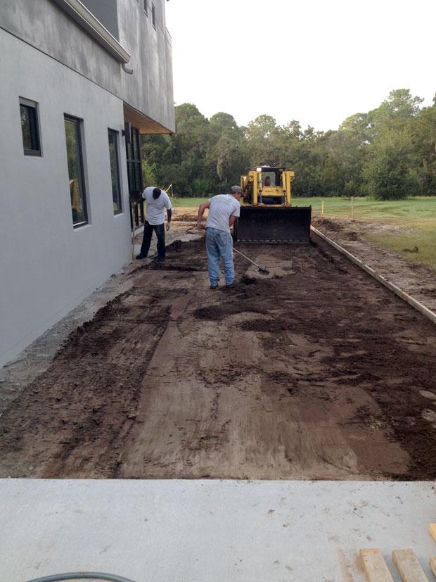 Custom home concrete driveway brevard concrete paving for Concrete homes florida