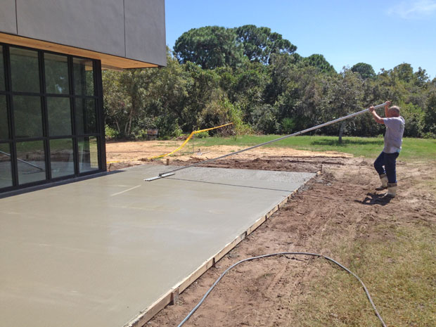Custom Home Concrete Driveway FL - 12