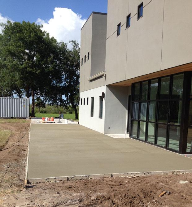 Custom Home Concrete Driveway FL - 14