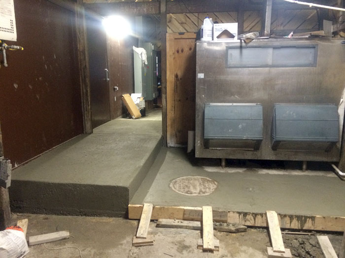 Grills Seafood Concrete Foundations - 08