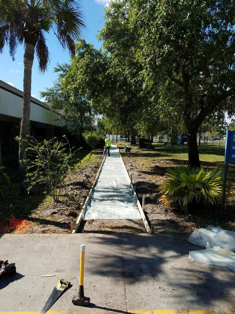 Concrete sidewalk Melbourne Florida - 01