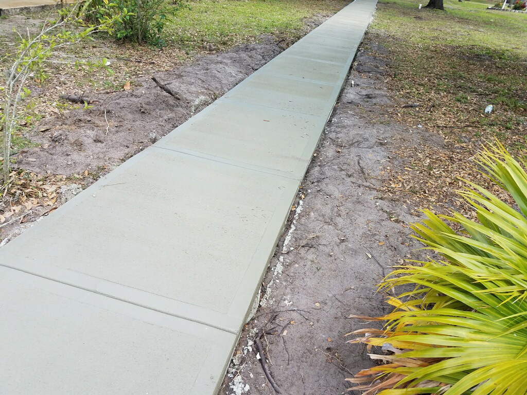 Concrete sidewalk Melbourne Florida - 03