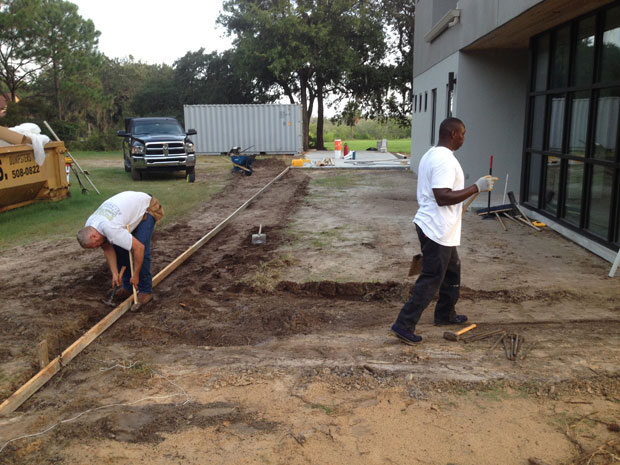 Custom Home Concrete Driveway FL - 01