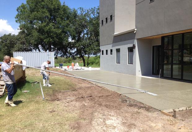 Custom Home Concrete Driveway FL - 11