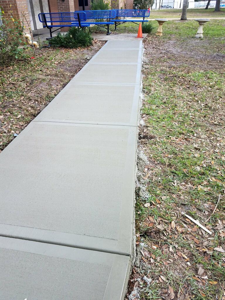 Concrete sidewalk Melbourne Florida - 05